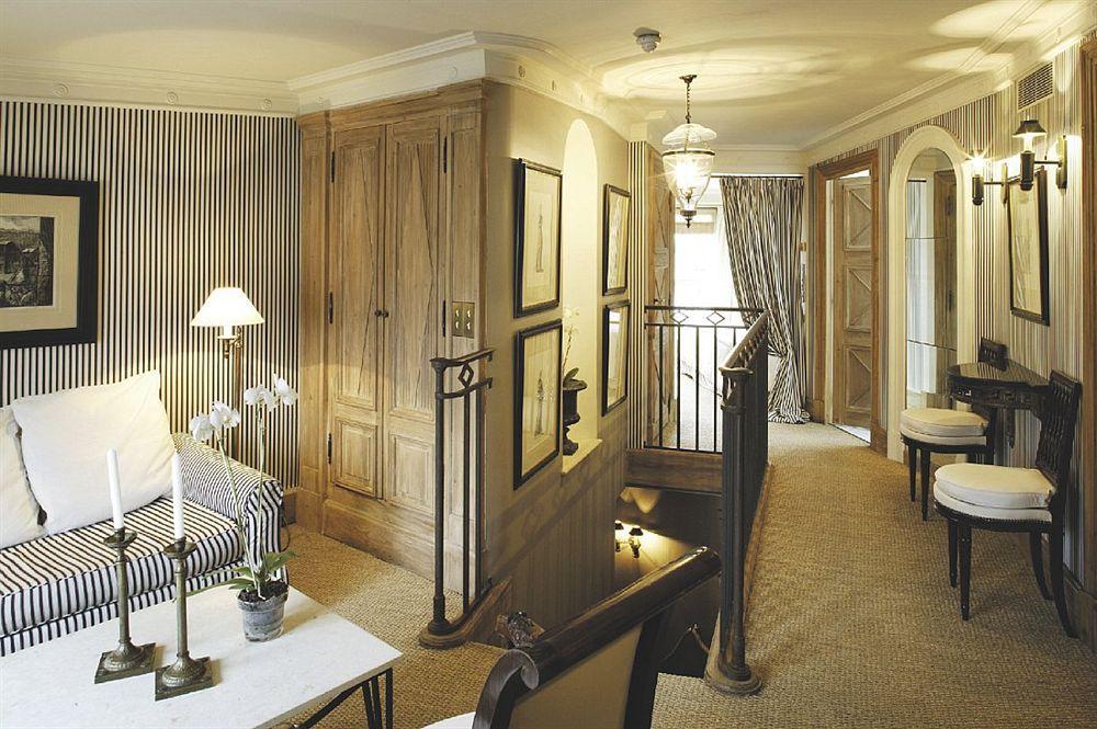 The Stylish and elegant Radisson Blue Le Dokhan's Hotel , Paris Trocadero