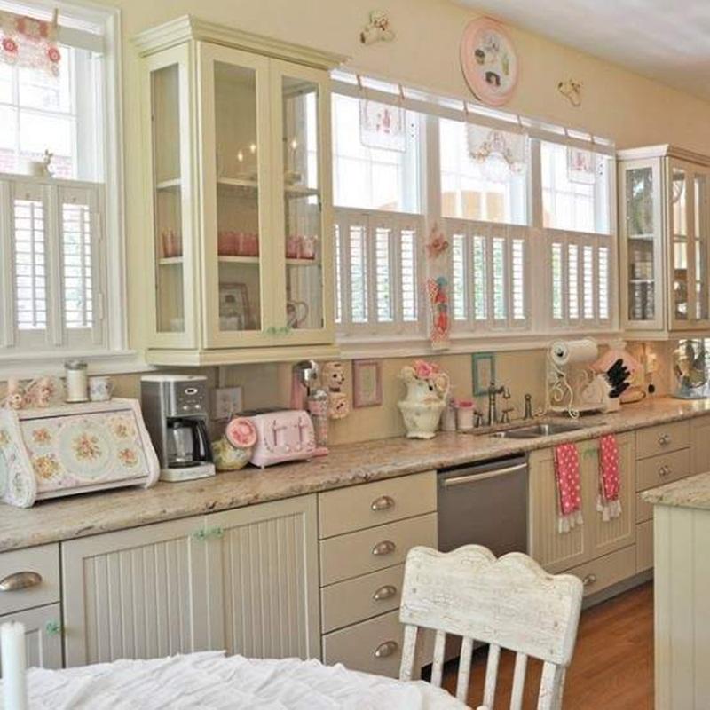 impressive-kitchen-with-candy-decoration-design