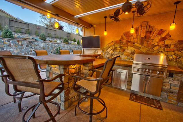 Beautiful Outdoor Kitchen