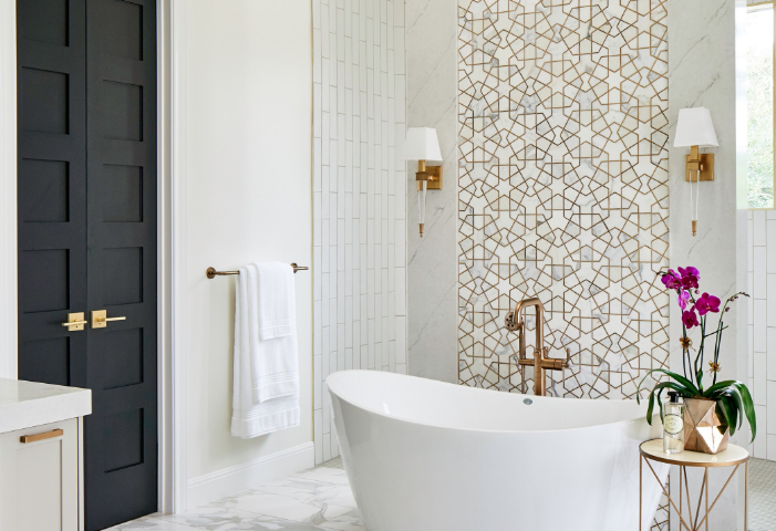 Looking to Give Your Bathroom a DIY Makeover? Here are 7 Quick Tips